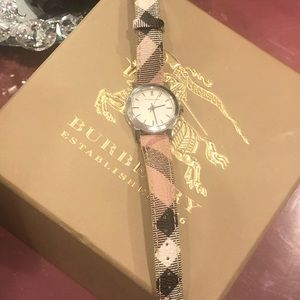 Nova checked Heritage nylon and leather watch
